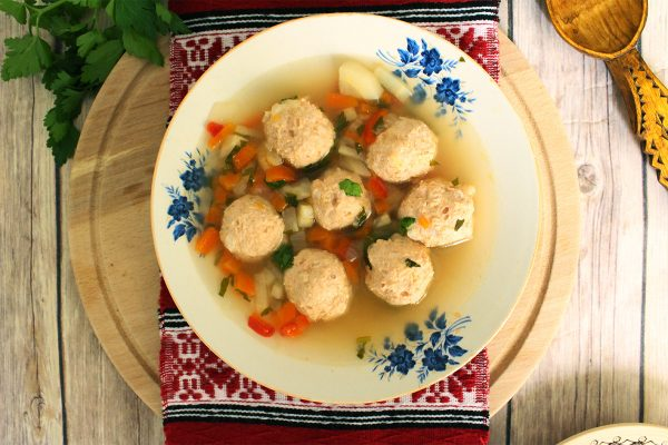 sour soup with meatballs