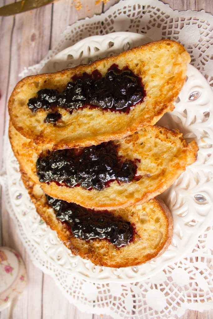 romanian eggy bread with jam