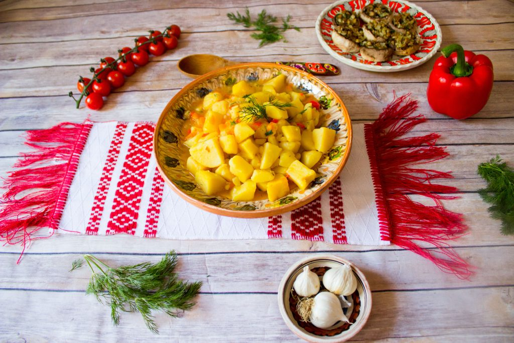 romanian potato stew