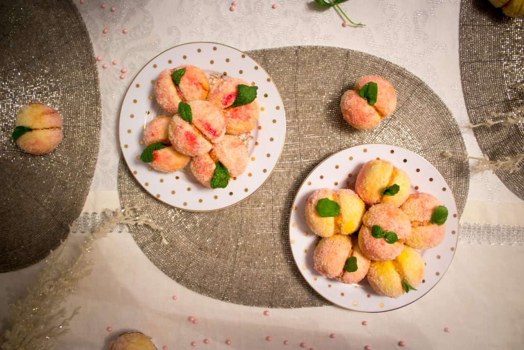peach shaped cookies