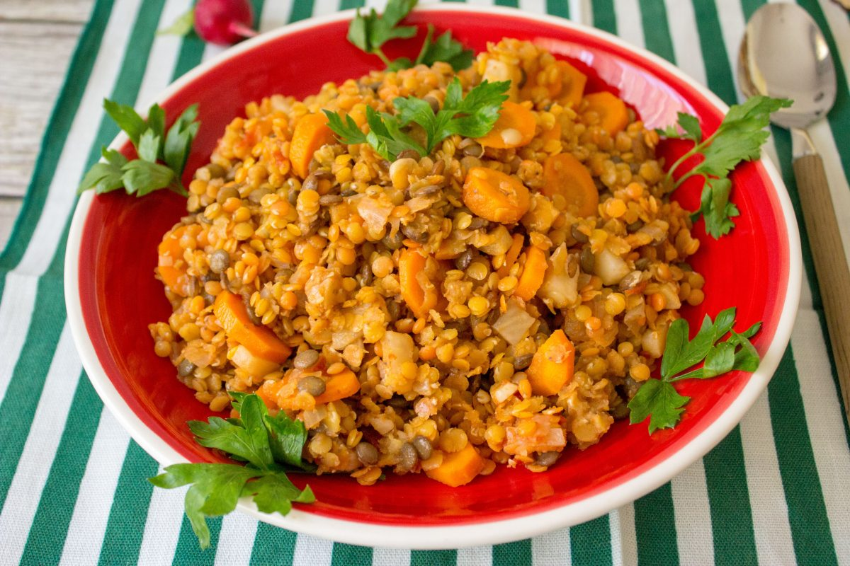 romanian style lentil stew