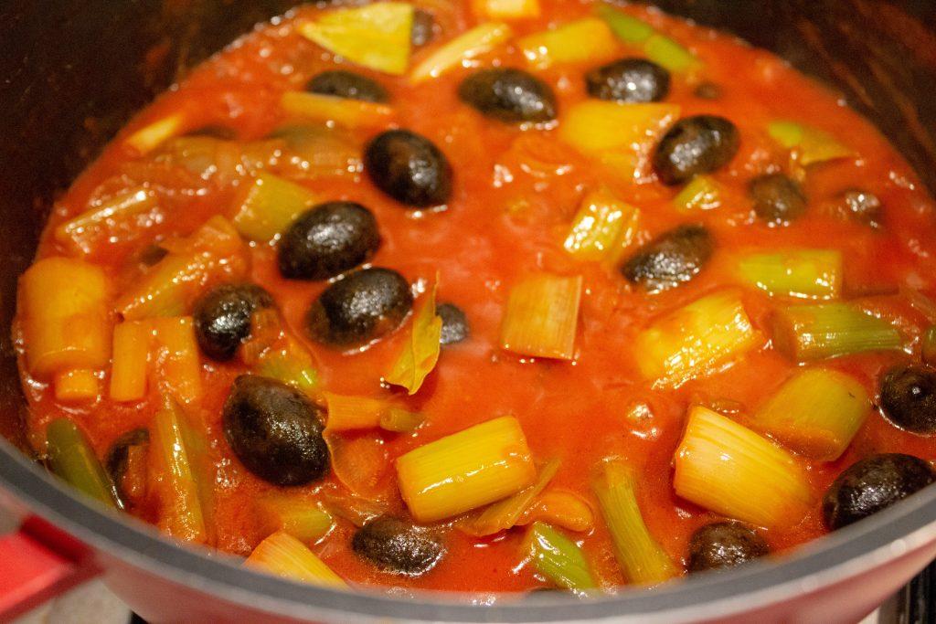 leek olive pot