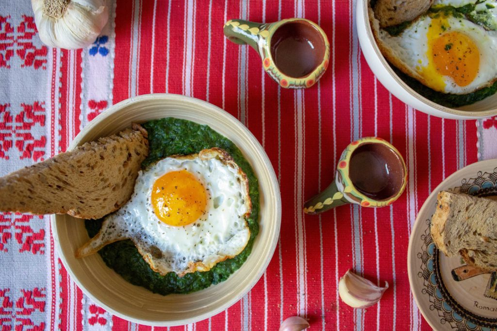 romanian spinach bowls